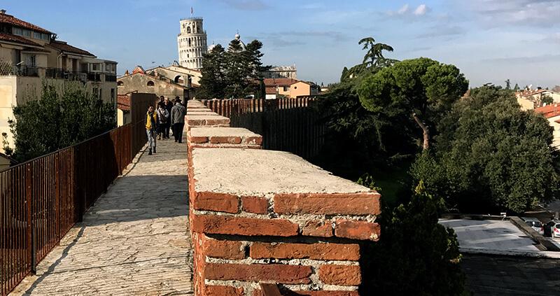 Il Nuovo Camminamento Sulle Mura Di Pisa