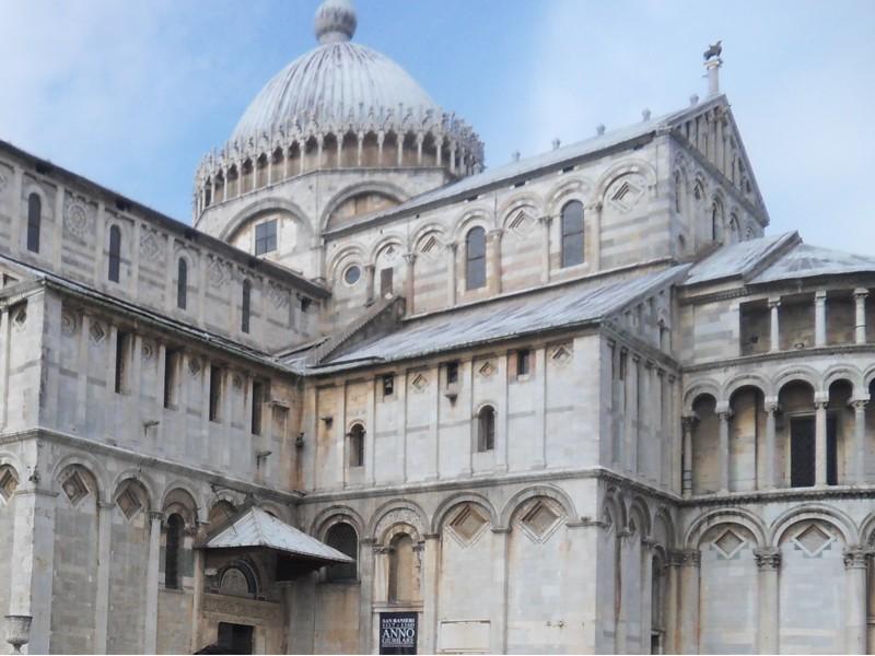 Duomo di Pisa in piazza dei Miracoli